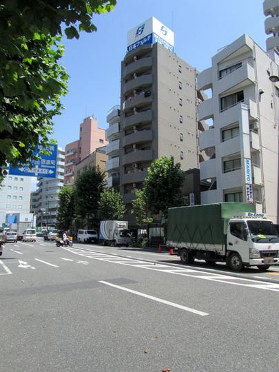 クレアシオン早稲田の外観