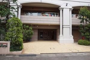 グランシティレイディアント東京イーストのエントランス