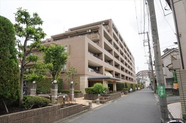 クリオ川崎小田公園1番館の外観