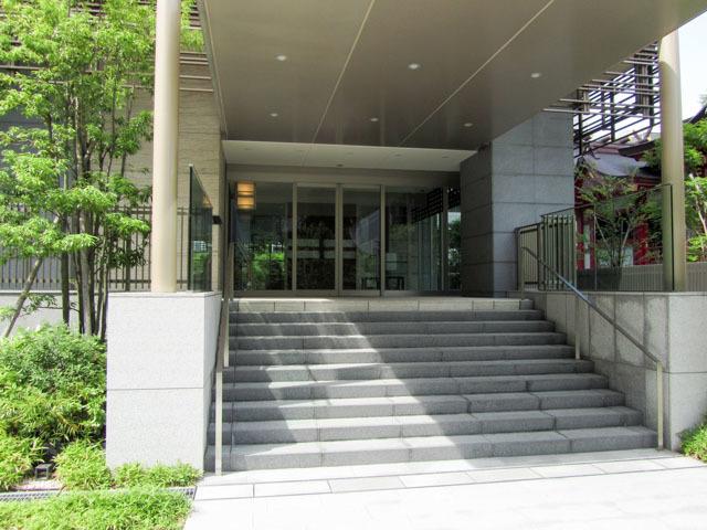 パークタワー西新宿エムズポートのエントランス
