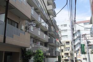 センチュリー新宿の外観