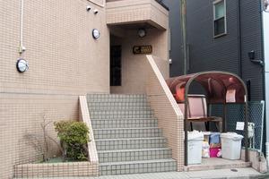 スカイコート新宿落合第3のエントランス
