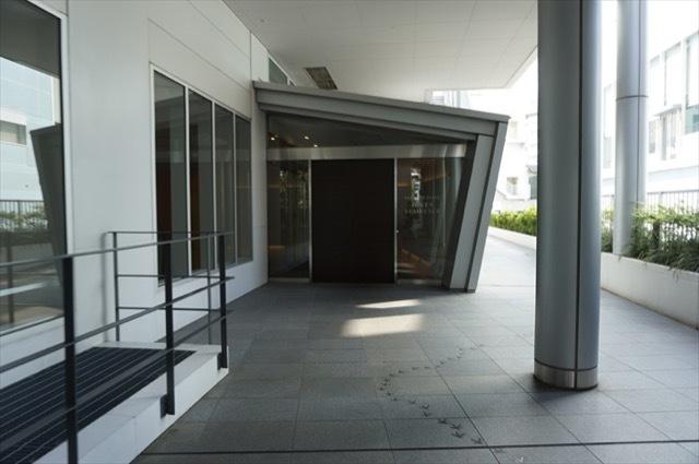 横浜ポートサイドプレイスタワーレジデンスのエントランス