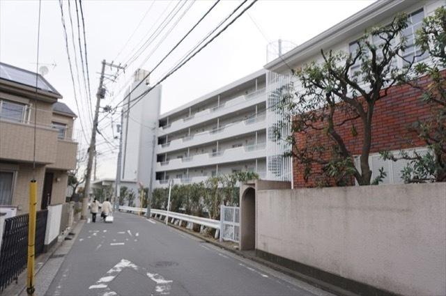 横浜山手マンションの外観