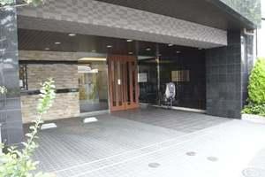 ルネサンスフォーラム瑞江ガーデンのエントランス