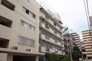 ライオンズマンション富岡八幡の外観