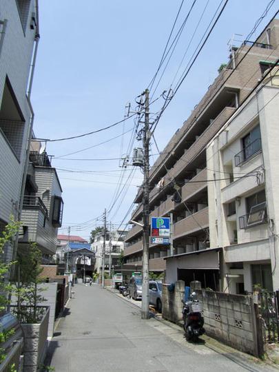 リヴシティ新宿壱番館の外観