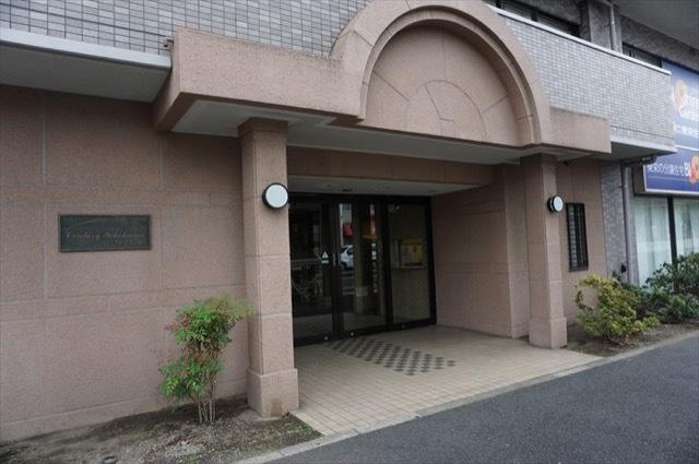 センチュリー横浜関内のエントランス