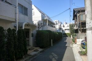 渋谷本町オリエントコート2の外観