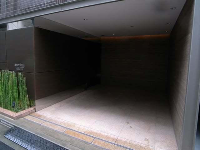 アスコットパーク日本橋人形町アトリエのエントランス