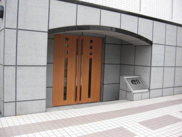 コンフォヤード東中野のエントランス