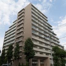 ベリスタ高井戸駅前