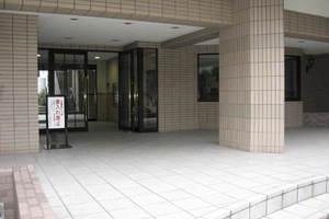 ライオンズマンション綾瀬第8のエントランス