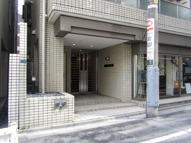 パークノヴァ渋谷のエントランス