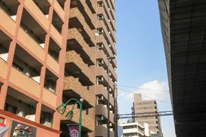 フェニックス笹塚駅前の外観