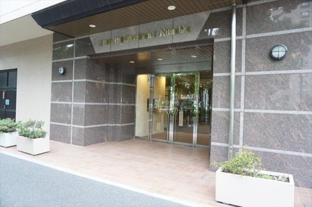 クリオ横浜関内2番館のエントランス