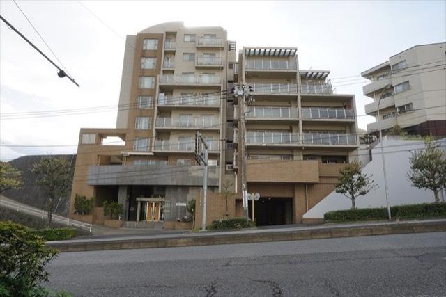 横浜三ツ沢ガーデンハウスの外観