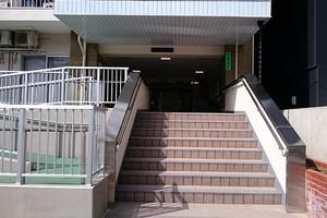 蒲田公園マンションのエントランス