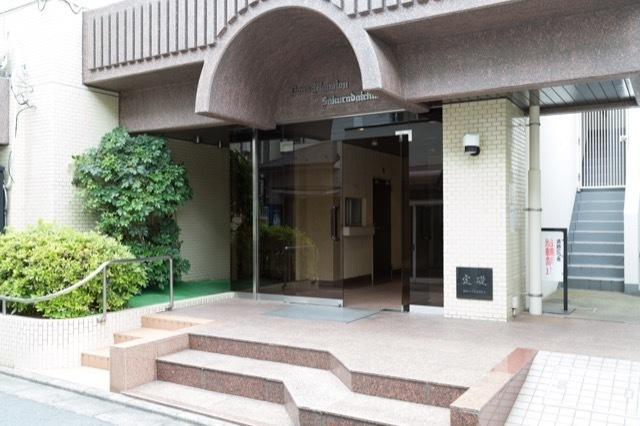 ライオンズマンション桜台駅前のエントランス