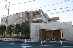 サンフル富士見ヶ丘シティハウスの外観