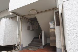 高島平サニーコーポのエントランス
