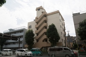 京王瀬田マンションの外観