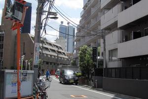 西新宿ハウスの外観