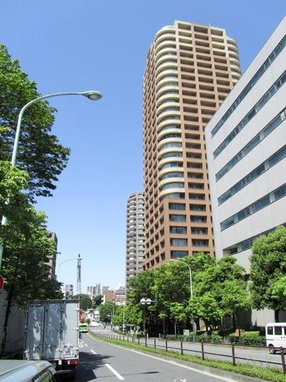 西早稲田パークタワーの外観