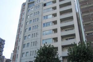 ラコント新宿セントラルパークアパートメント