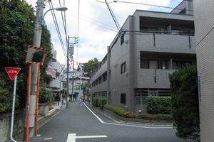 ルーブル早稲田弐番館の外観