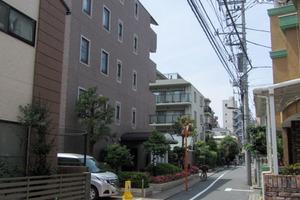 フェイム新宿柏木町の外観