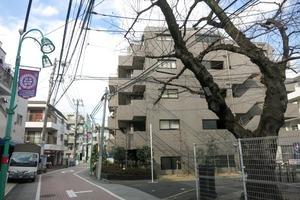 ルーブル笹塚弐番館の外観