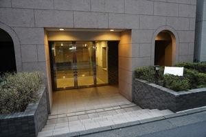 アプレシティ三田のエントランス