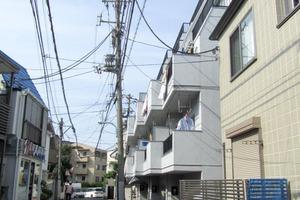 栄マンション北新宿の外観