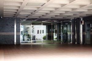東十条ビル(1号棟・2号棟)のエントランス