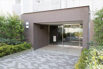 グランスイート世田谷桜丘のエントランス
