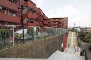 東久パレス赤塚の外観