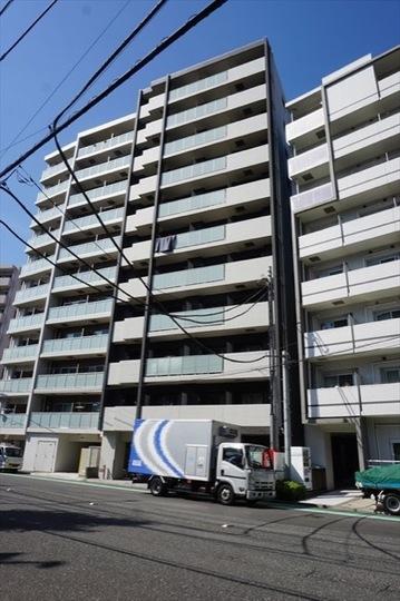 レグラス横浜吉野町の外観