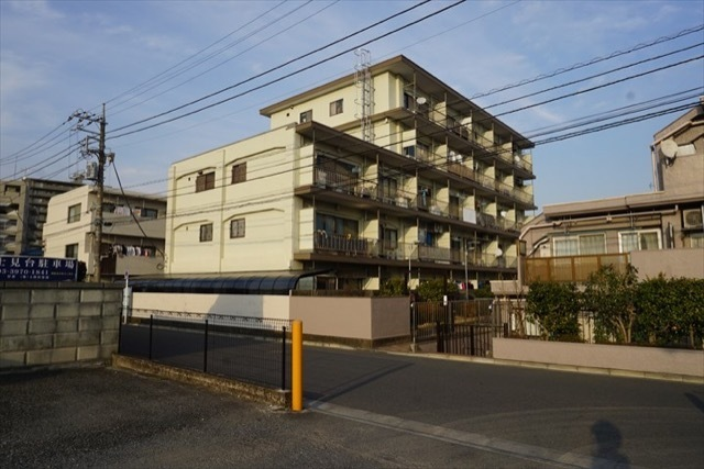 富士見台パールマンションの外観