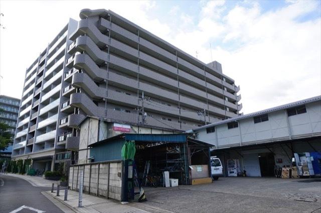 マイキャッスルラルジュ横浜西の外観