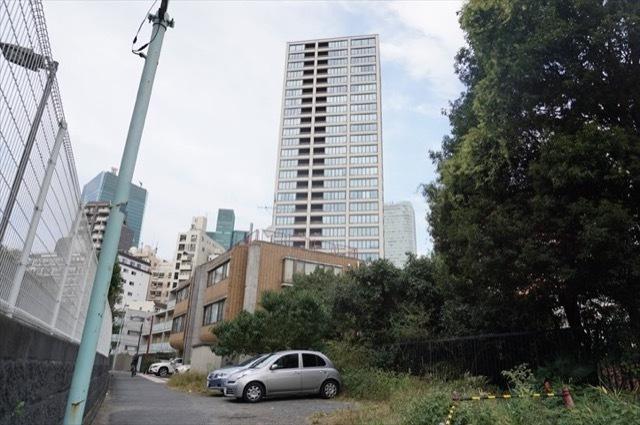 グランスイート麻布台ヒルトップタワーの外観