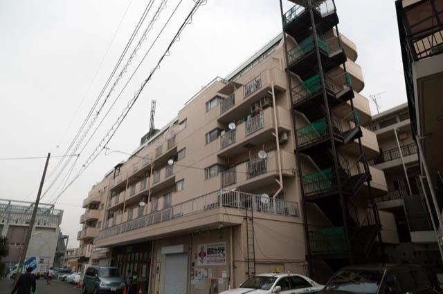 祖師谷大蔵サマリヤマンションの外観