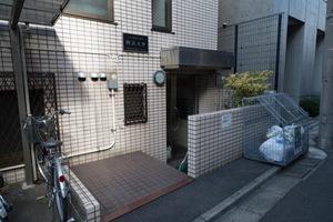 パーソネージュ駒沢大学のエントランス