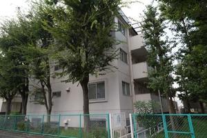 尾山台ヒミコマンションの外観