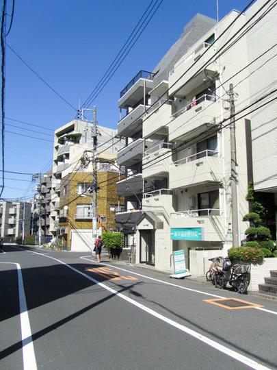 スカイコート早稲田の外観