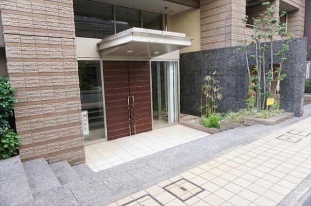 ラコスタ横浜山下公園のエントランス