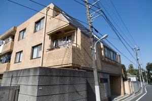 新高円寺サマリヤマンションの外観