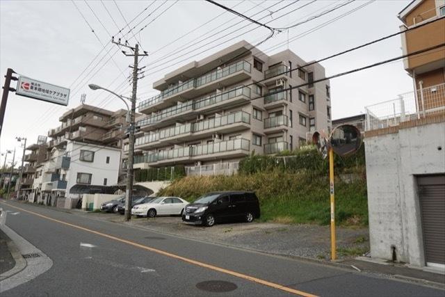 コスモ横浜小机セカンドウィングの外観