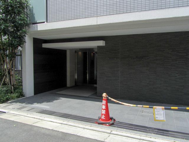 メイクスデザイン高田馬場のエントランス