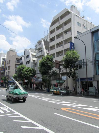 早稲田レストハイツの外観